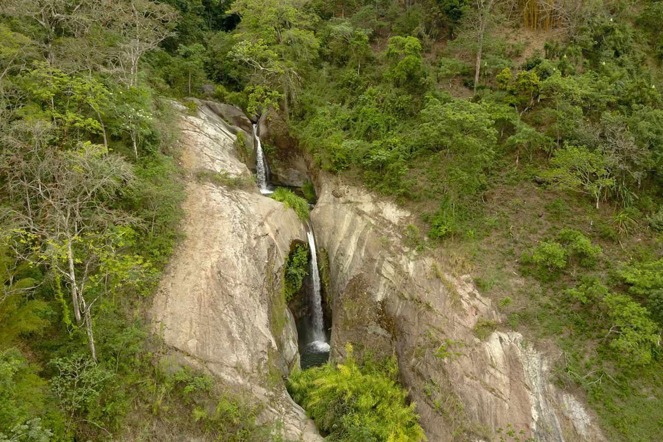 cerro ojo de agua y catarata la maravilla qbl